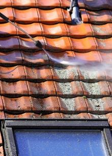 mos verwijderen van het dak